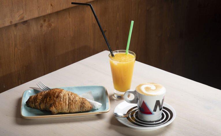 Desayunar en Dénia - Canela