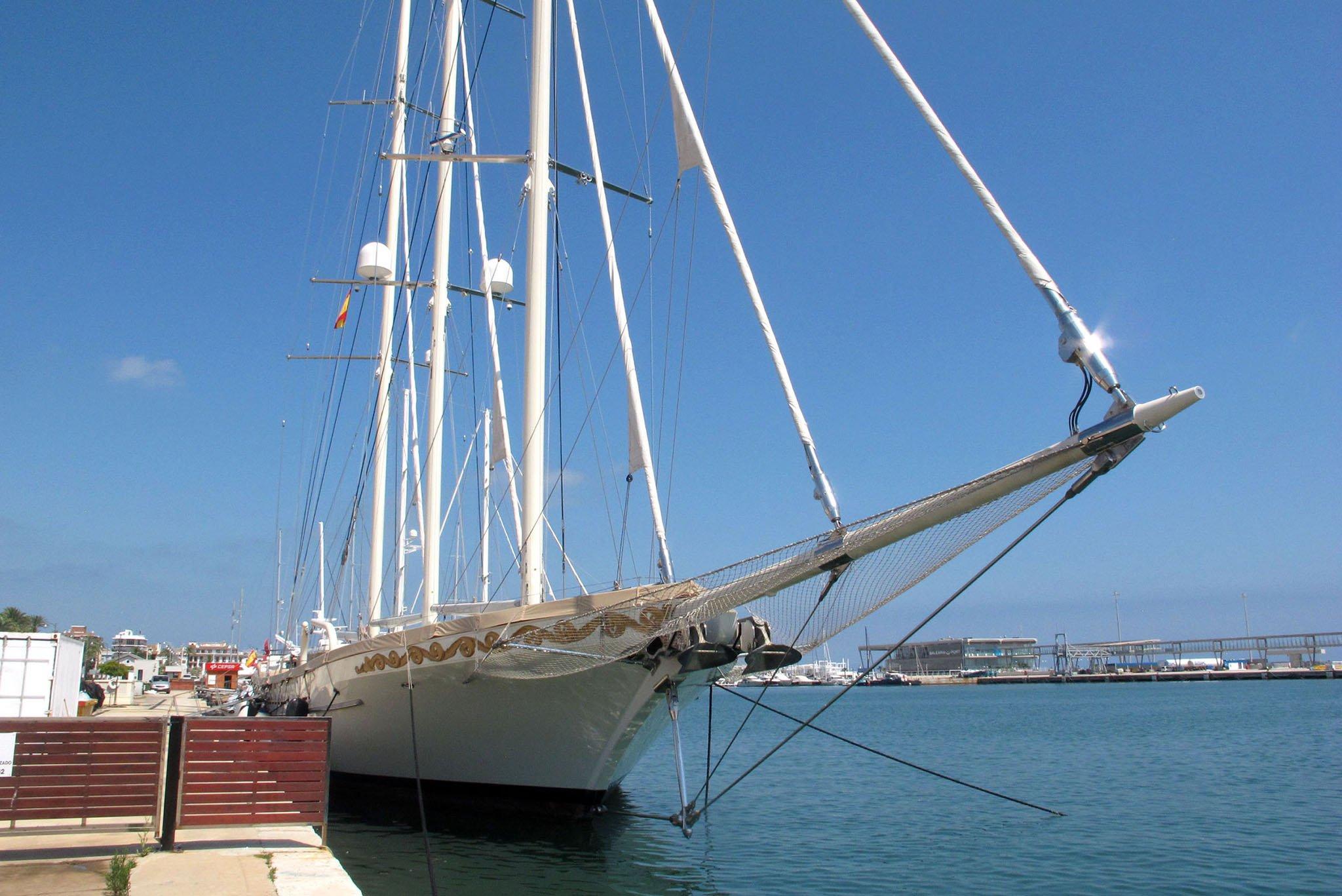 El velero de lujo Mikhail S. Vorontsov en Dénia 02