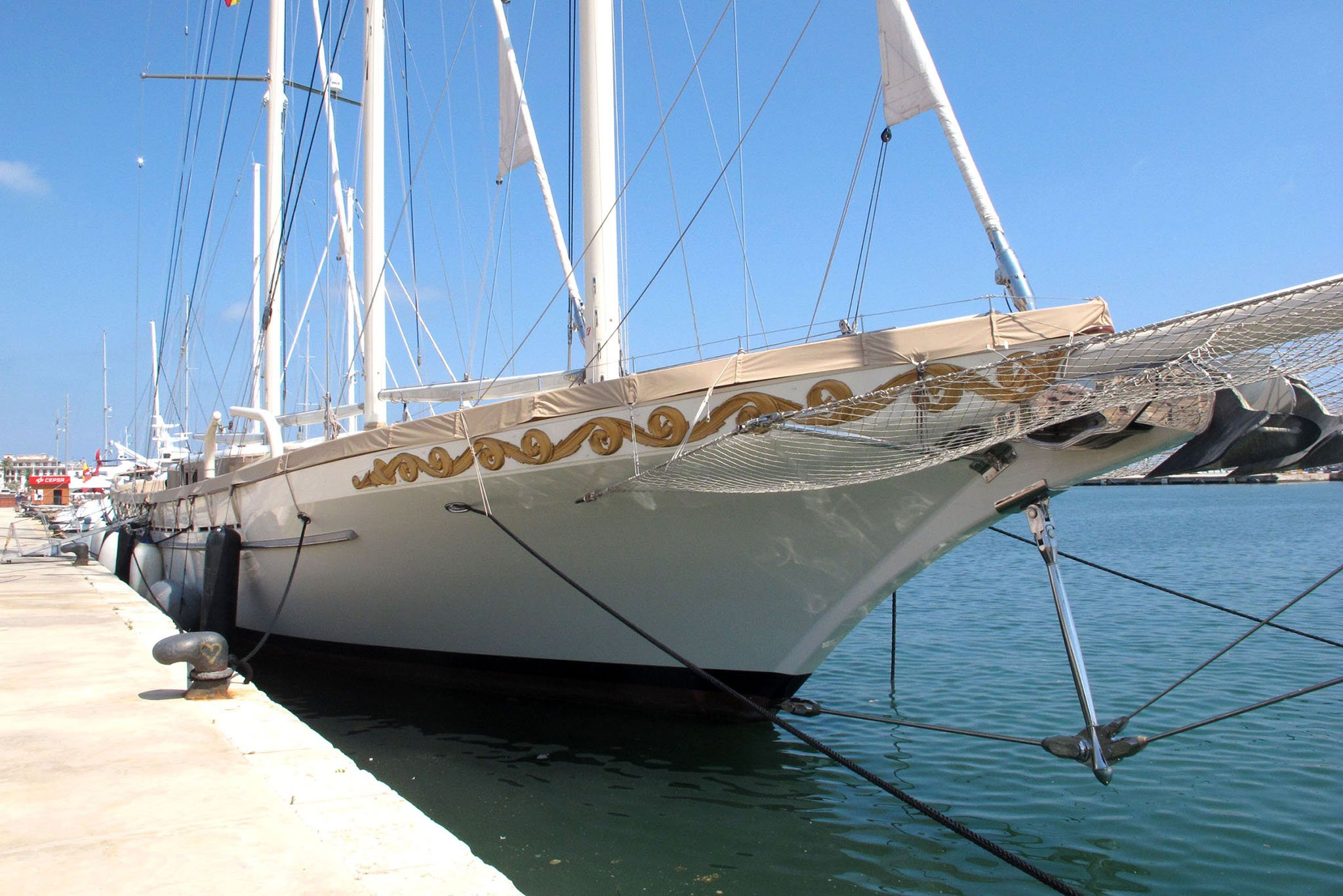 El velero de lujo Mikhail S. Vorontsov en Dénia 03