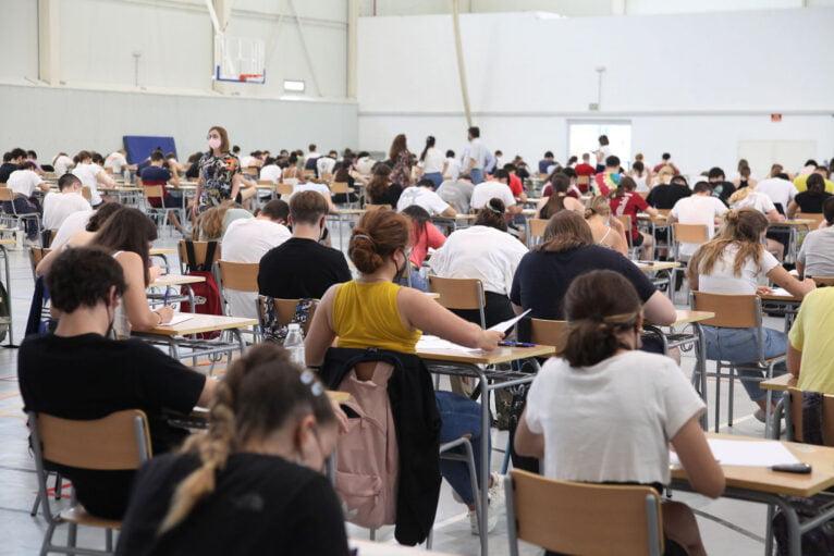 Los estudiantes se enfrentan a las Pruebas de Acceso a la Universidad