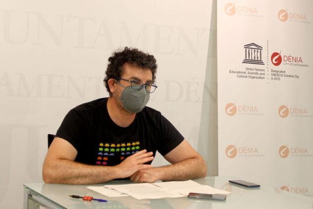 Imagen: Raúl García de la Reina durante la presentación de la agenda cultural del verano
