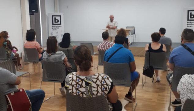 Imagen: Reunión con los nuevos informadores COVID