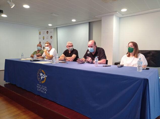 Imagen: Reunión informativa de las falles de Dénia