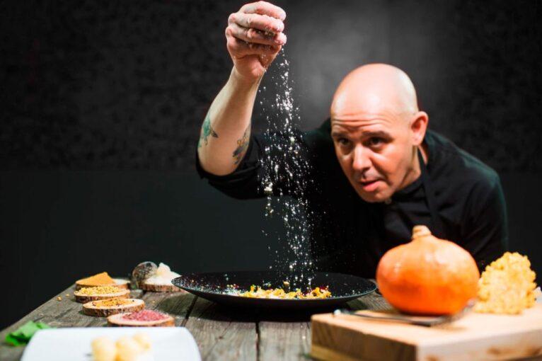 Chef ismael bilbao restaurante samaruc