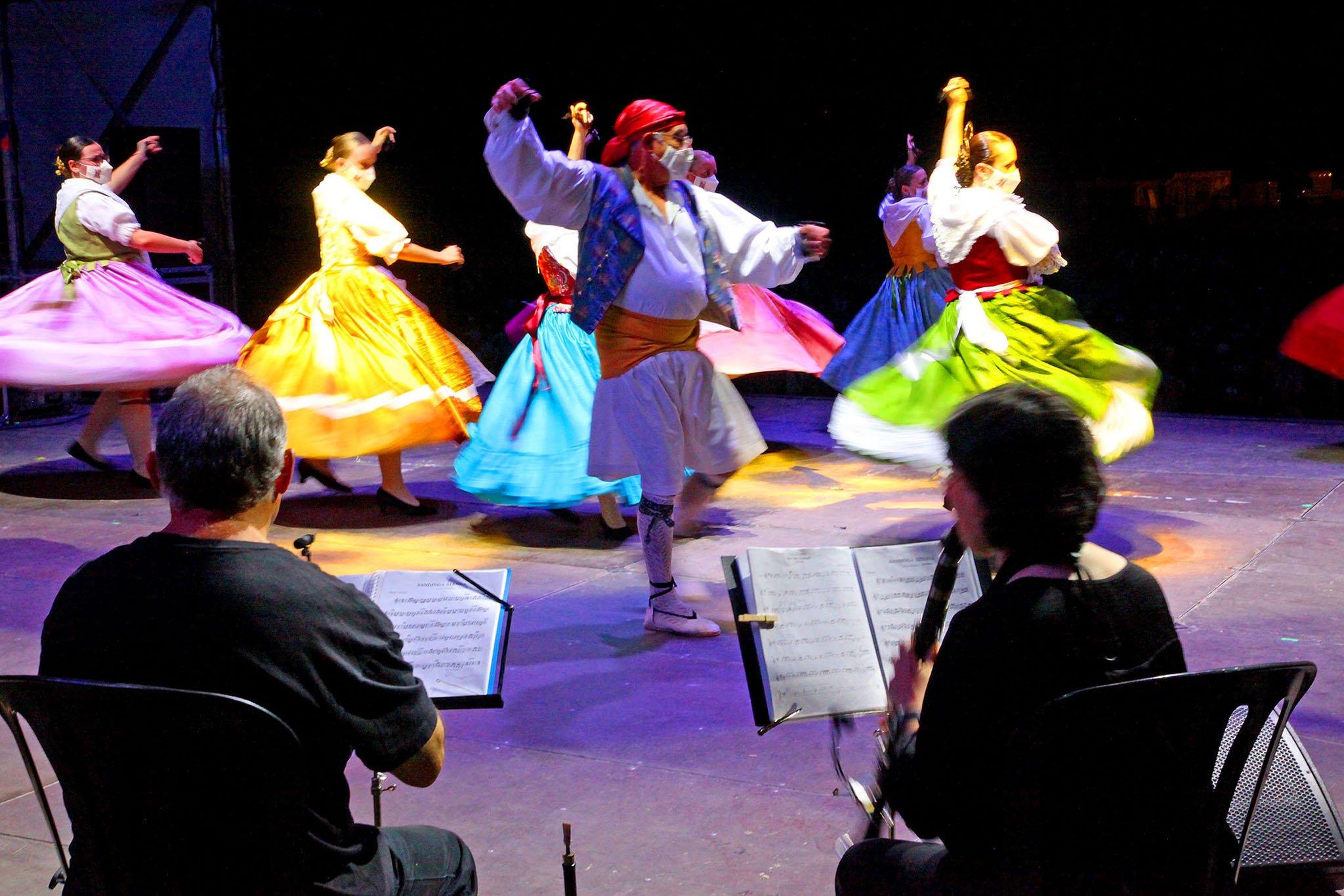 Dianium Dansa organiza el Aplec de Danses 2021 32