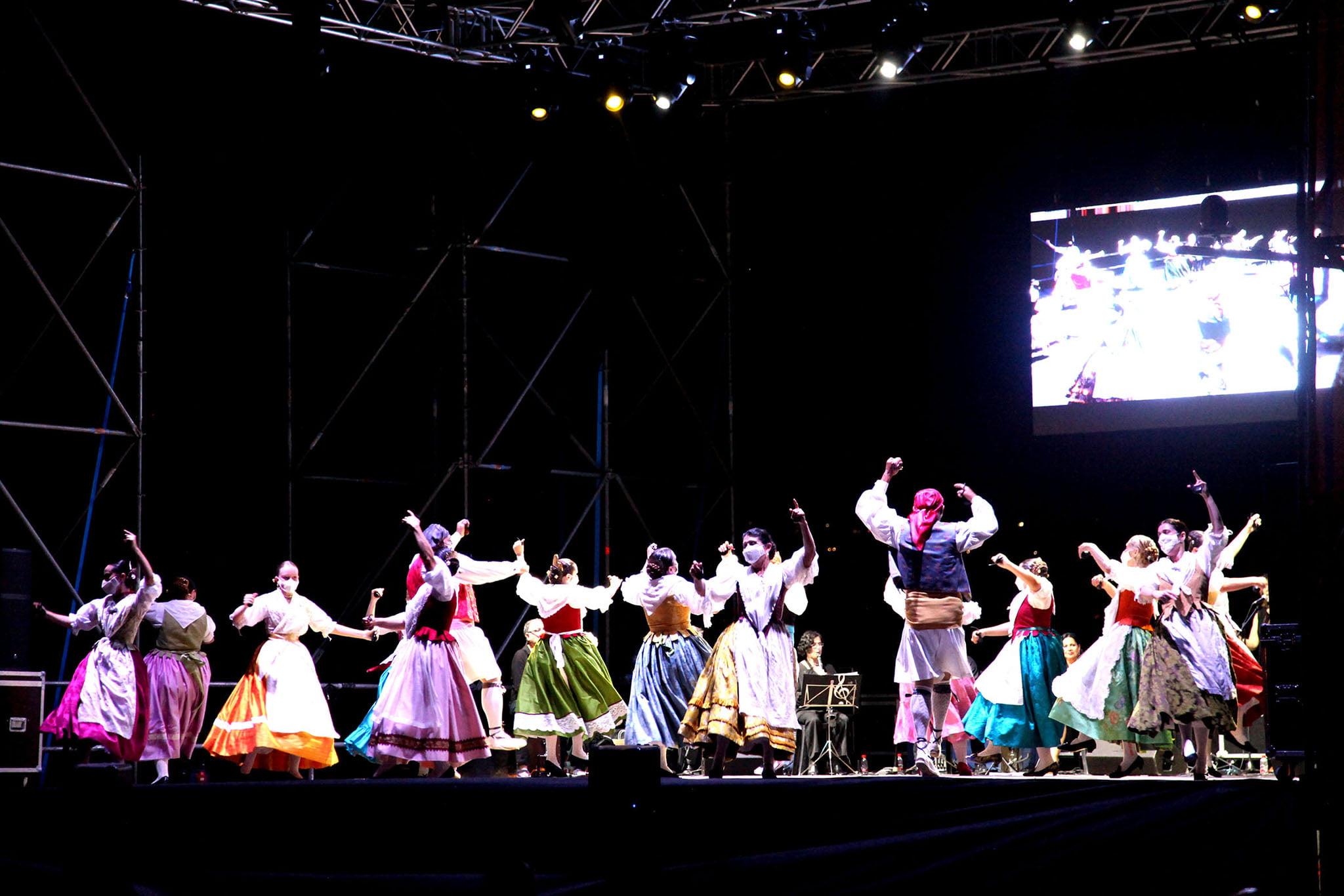 Dianium Dansa organiza el Aplec de Danses 2021 38