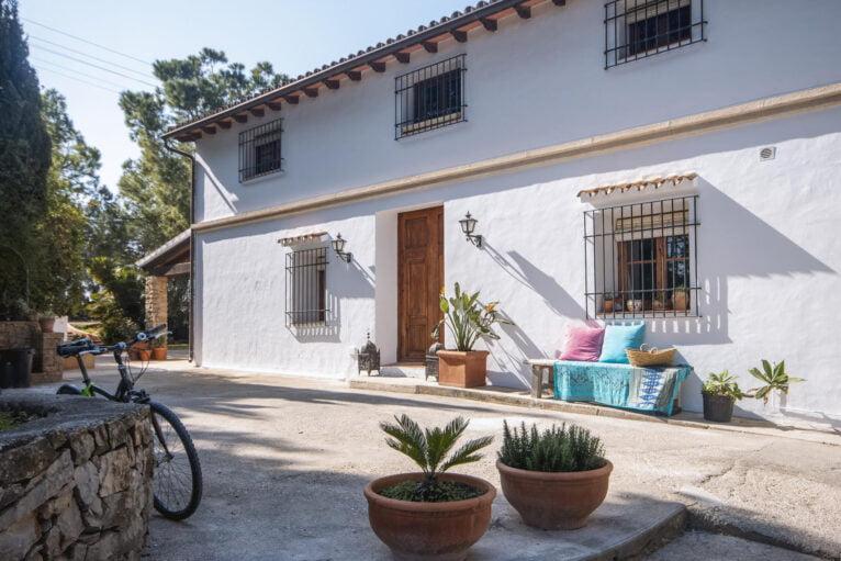 Entrada a Villa Xarabella