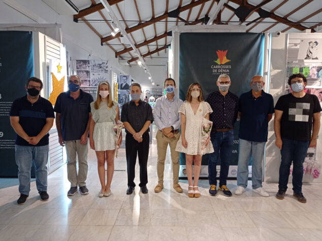 Imagen: Inauguración de la exposición de carrozas de Dénia