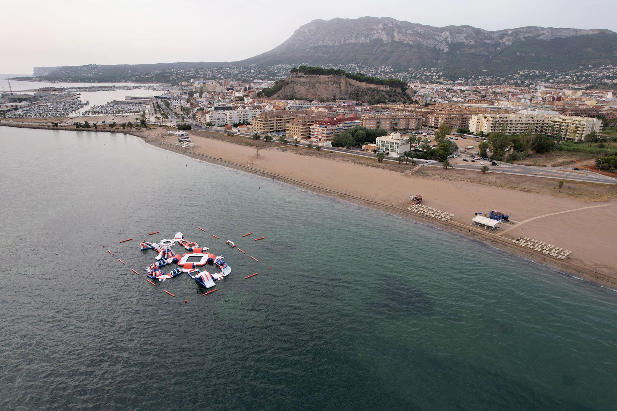 La playa Punta del Raset es la primera de arena en la carretera de Les Marines