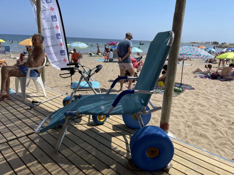 Material de la playa accesible Punta del Raset de Dénia