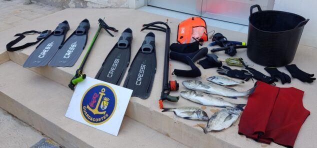 Imagen: Material de pesca y especies requisadas