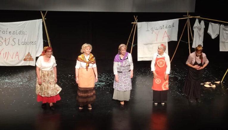 Teatro en el Festival de Fin de Curso de los Talleres de la Tercera Edad