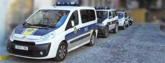 Imagen: Vehículos de la Policía Local