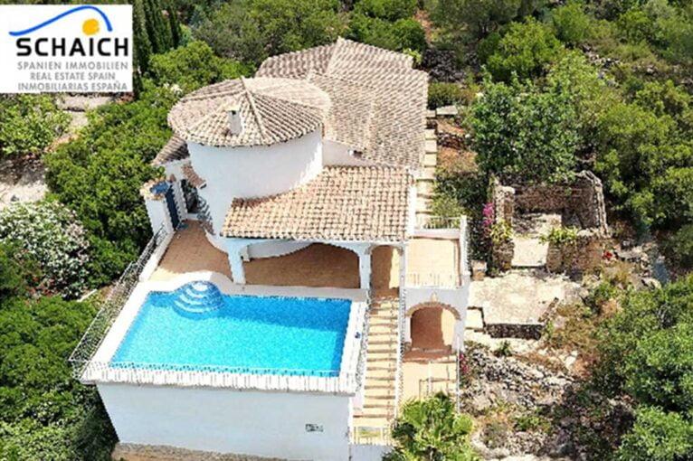 Villa en venta en Monte Pego con vistas a la montaña