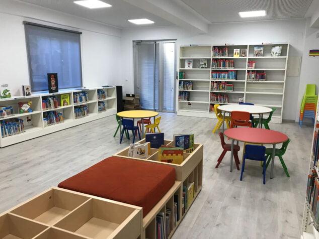 Imagen: Biblioteca infantil de la Agència de Lectura Rafael Chirbes de Dénia