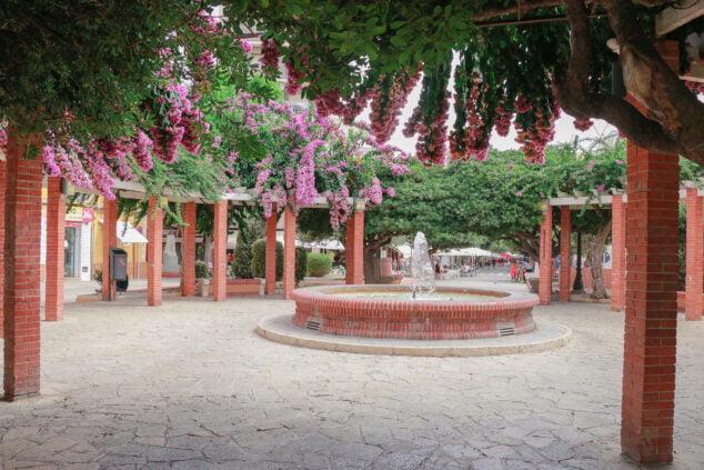 Imagen: Fuente central de la Glorieta del País Valencià