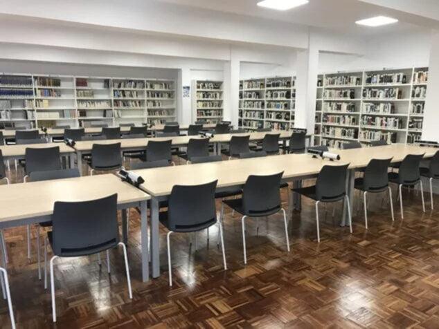 Imagen: Interior de la Agència de Lectura Rafael Chirbes