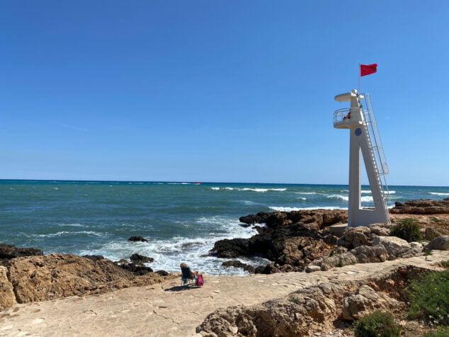 Imagen: La bandera roja ondea en El Trampolí