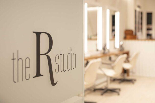 Imagen: mejor salon de peluqueria denia-the reference studio