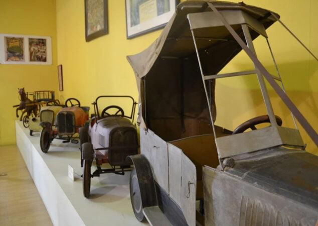Imagen: Muestra de juguetes de época en el Museu del Joguet dianense