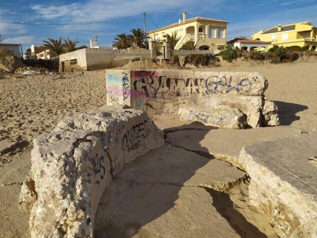 Imagen: Nido de ametralladoras en la playa Les Deveses de Dénia