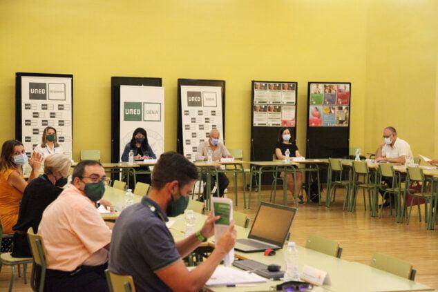 Imagen: Reunión de la Junta Rectora de la UNED Dénia