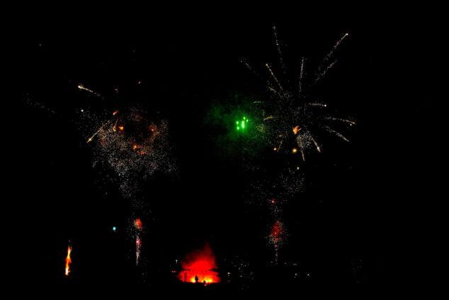 Imagen: Mascletà nocturna del Nou d'Octubre