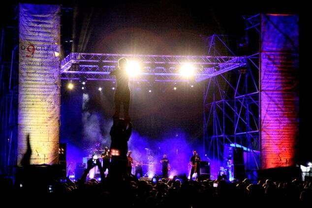 Imagen: Muixeranga en la actuación de Zoo